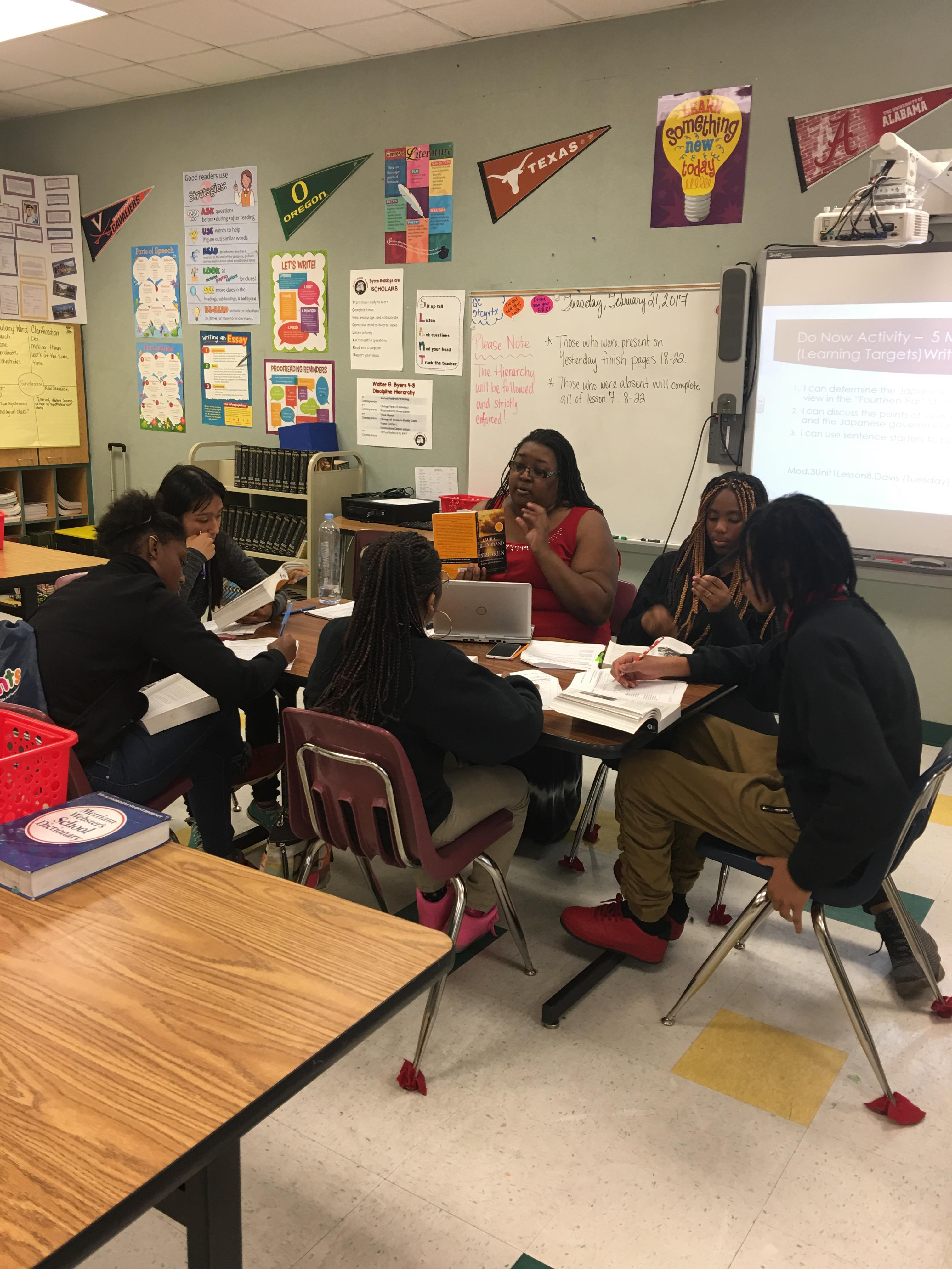 Ms. Davis working with a group of scholars.JPG